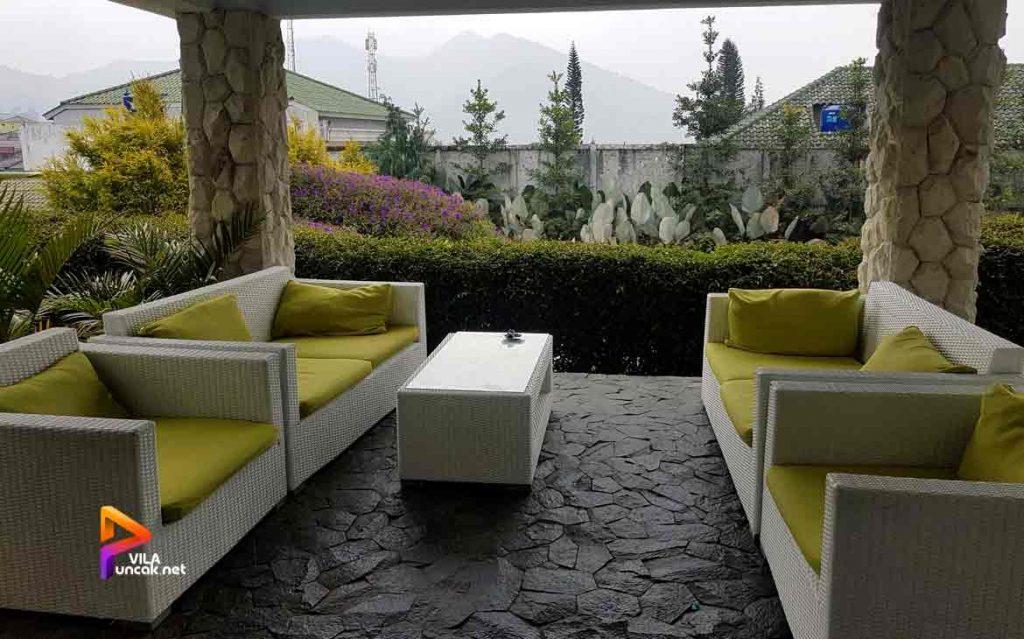 villa di cibodas puncak 5 kamar murah kolam renang pribadi 10
