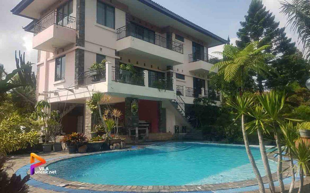 villa di puncak 4 kamar 5