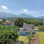Villa Cipanas Kolam Renang Pribadi 4 Kamar
